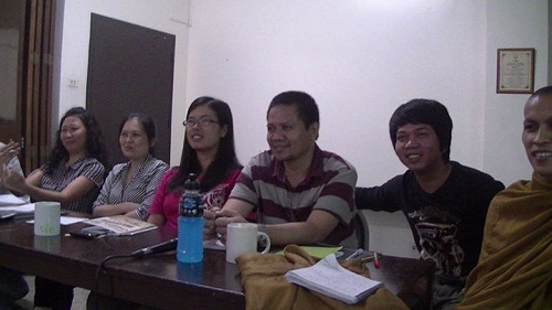 Graduate Students Learn English with TalkShop